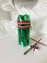 MONSTER PET Pencil & Painting Case Happy Red
