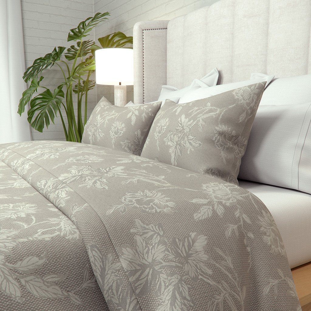 Alanzo Alarcon Duvet Cover in Carlile Flower