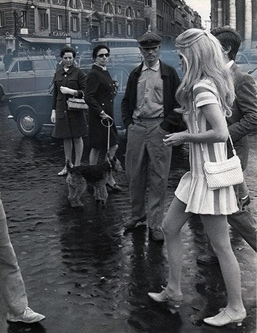 Quality Vintage - Photography Archive Photography - Silver Gelatin Print Brigitte Bardot, Rome, c. 1967/69 Original press print Printed c. 1967/69 wydr - digital art gallery