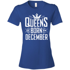 Queens Are Born In December T-shirt