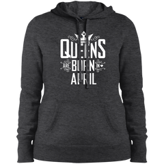 Queens Are Born In April T-shirt