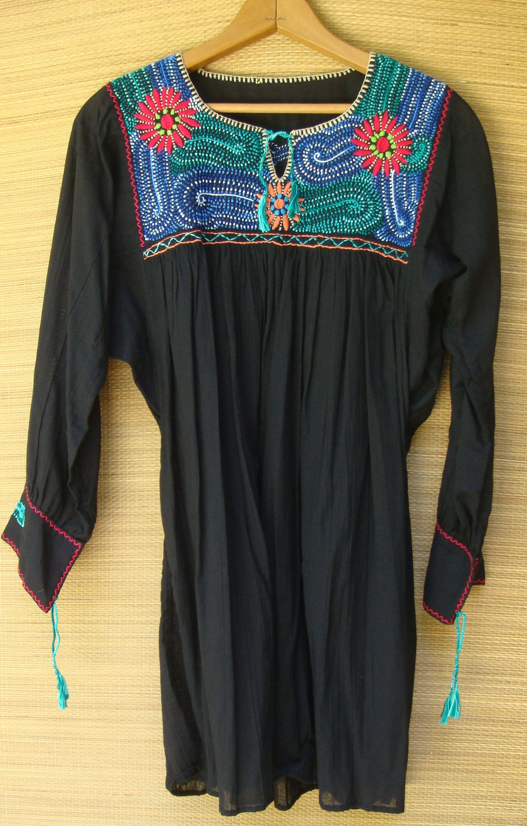 Black Mexican Blouse Huipil Multicolor Embroidered Flowers Small/Medium