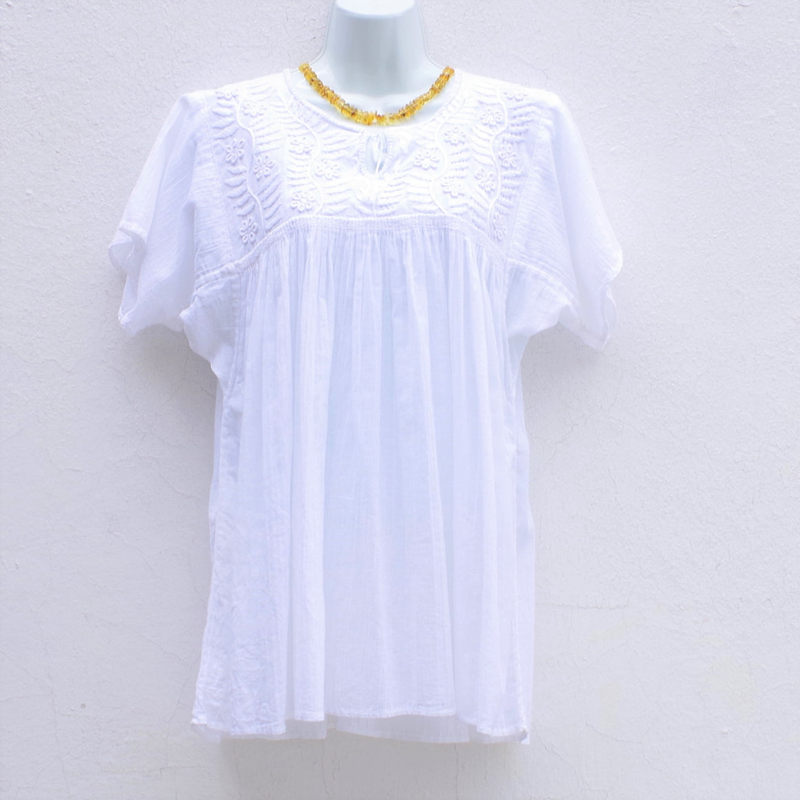 Mayan Copal White Mexican Huipil Blouse Hand Embroidery from Chiapas M Size