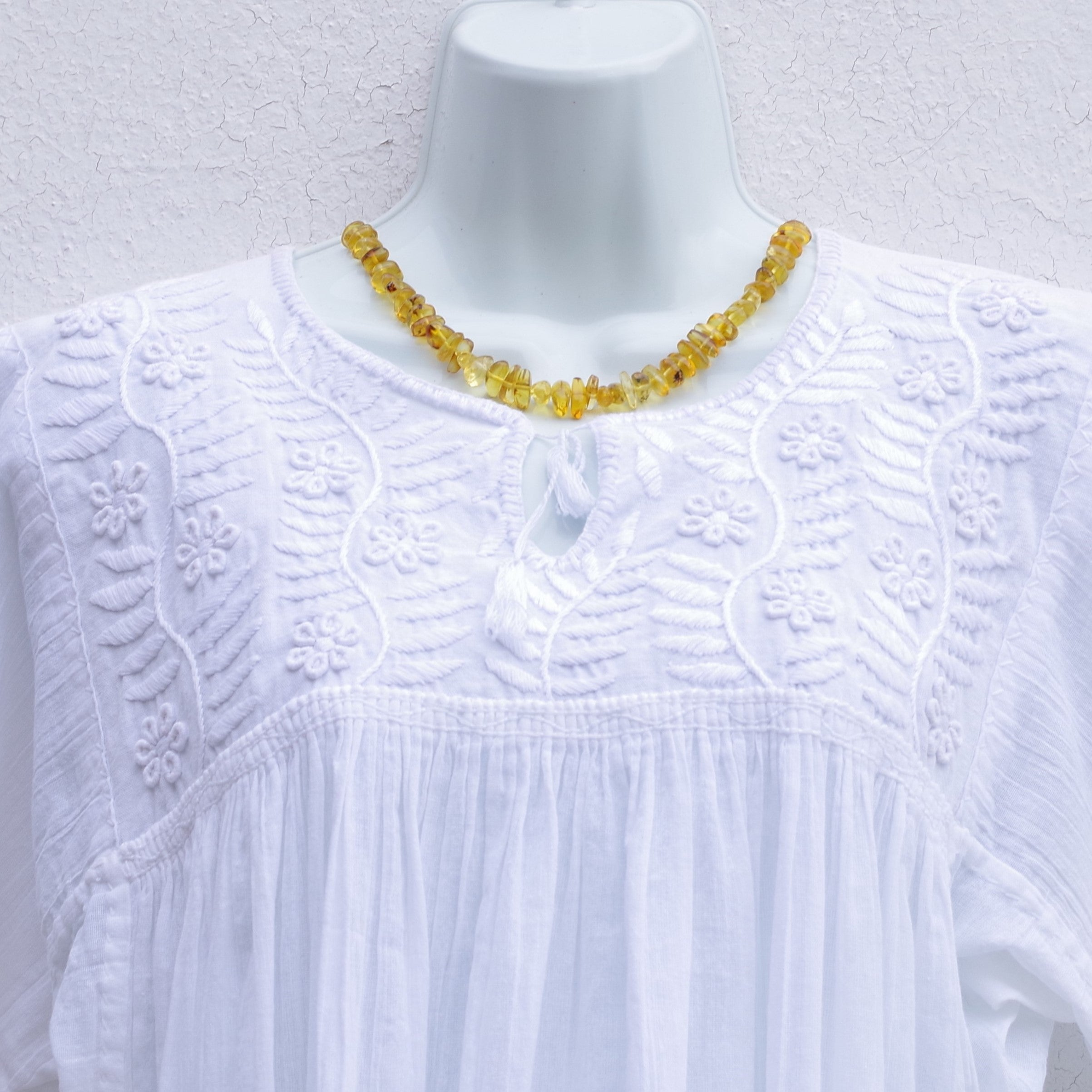 7625a18067f685 Mayan Copal White Mexican Huipil Blouse Hand Embroidery from Chiapas M Size  ...