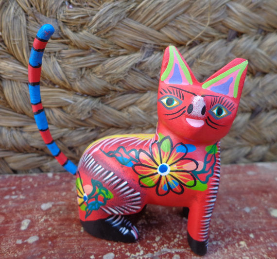 Alebrije Oaxaca Mexican Folk Art Hand Painted Woodcarving Cat