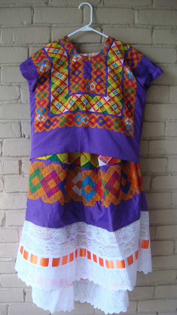 Mexican Women's Tehuana Dress Cadenilla Stitch True Vintage Frida Kahlo Style Oaxaca