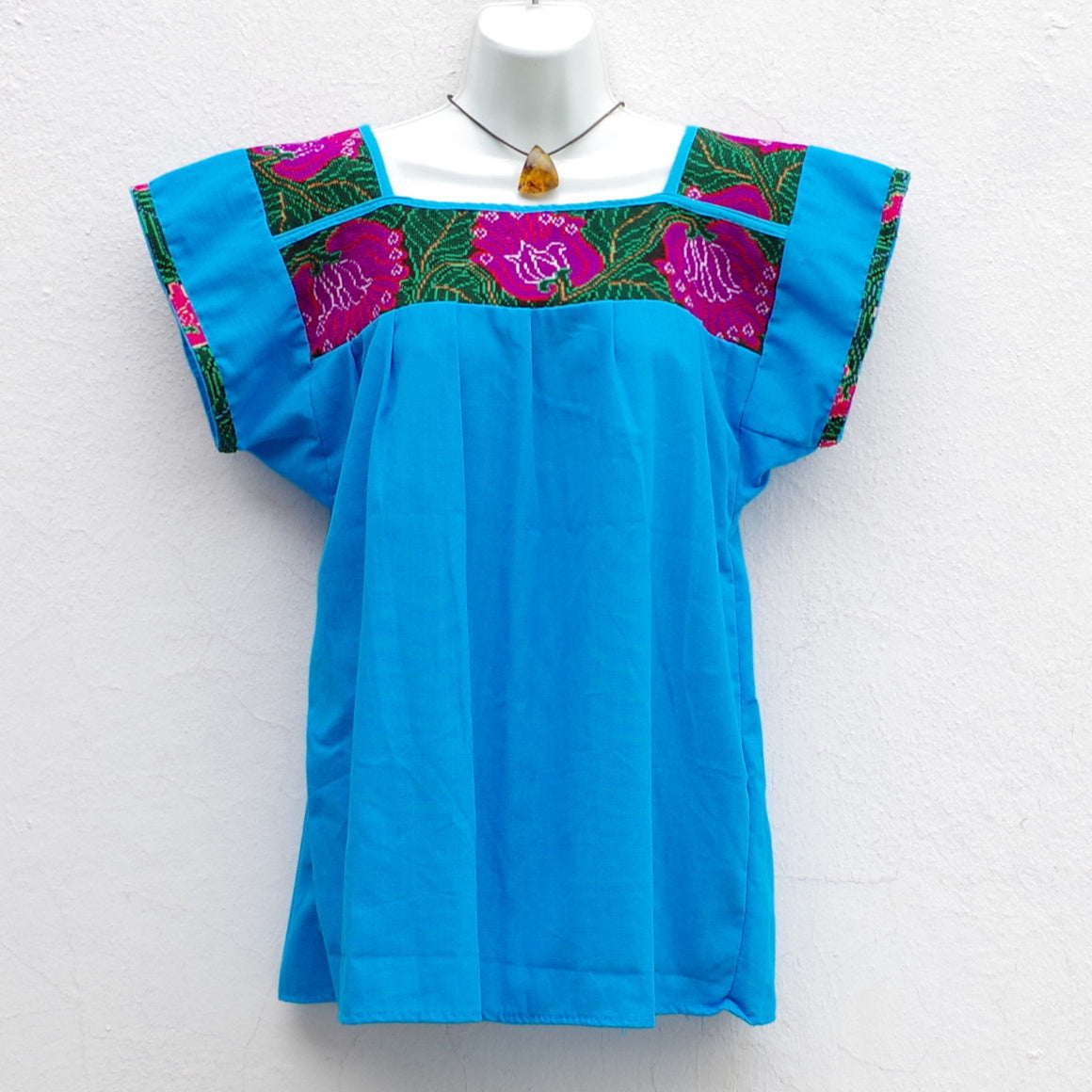 Mexican Huipil Blouse with Vintage Flowers Embroidery S, M