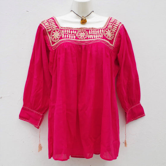 Mexican Women's Peasant Blouse Hand Embroidery from Chiapas S, M