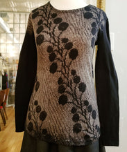 Long sleeve Vintage Lace Print