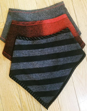 Reversible Triangle Cowl