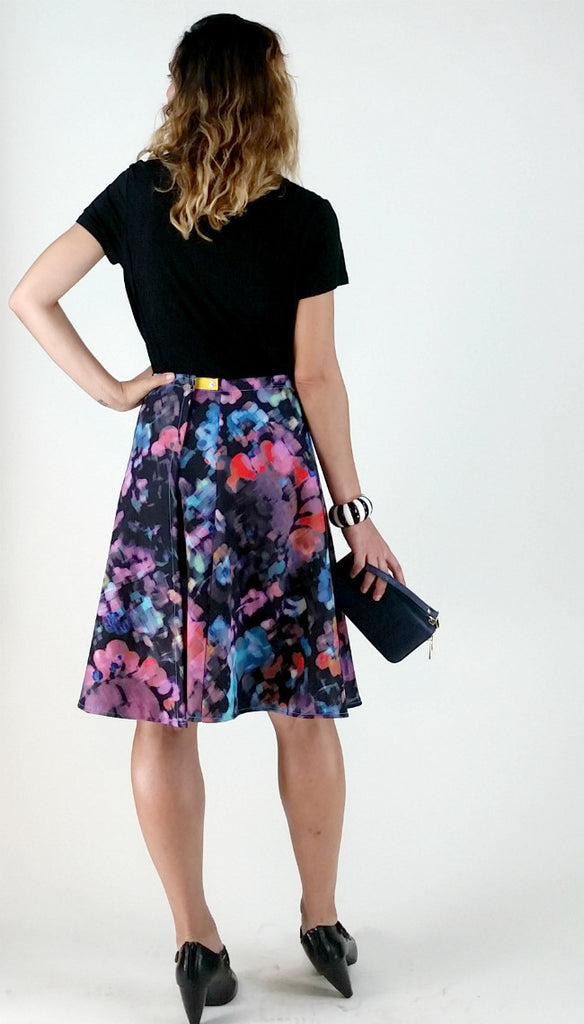 Knee Length SnapSkirt [Floral Impression]