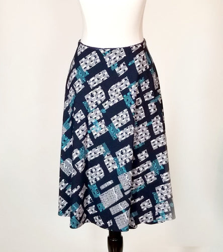 Knee Length SnapSkirt [Navy Abstract] Size 2