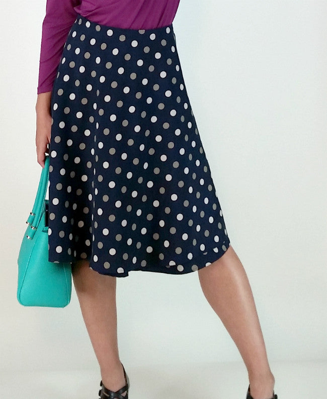 Knee Length SnapSkirt [Silk Dot]