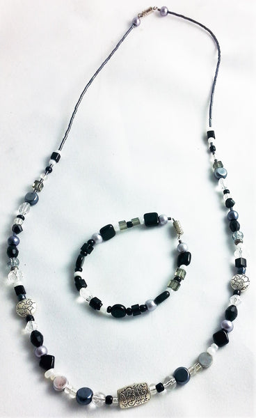 "Black Silver Beaded 24.5"" Necklace & 7"" Bracelet Set - INPCreative - 4"