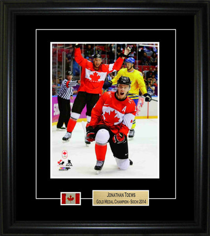 Joanthan Toews - Framed 8x10 2014 Olympics Pin & Plate Team Canada Fist Pump