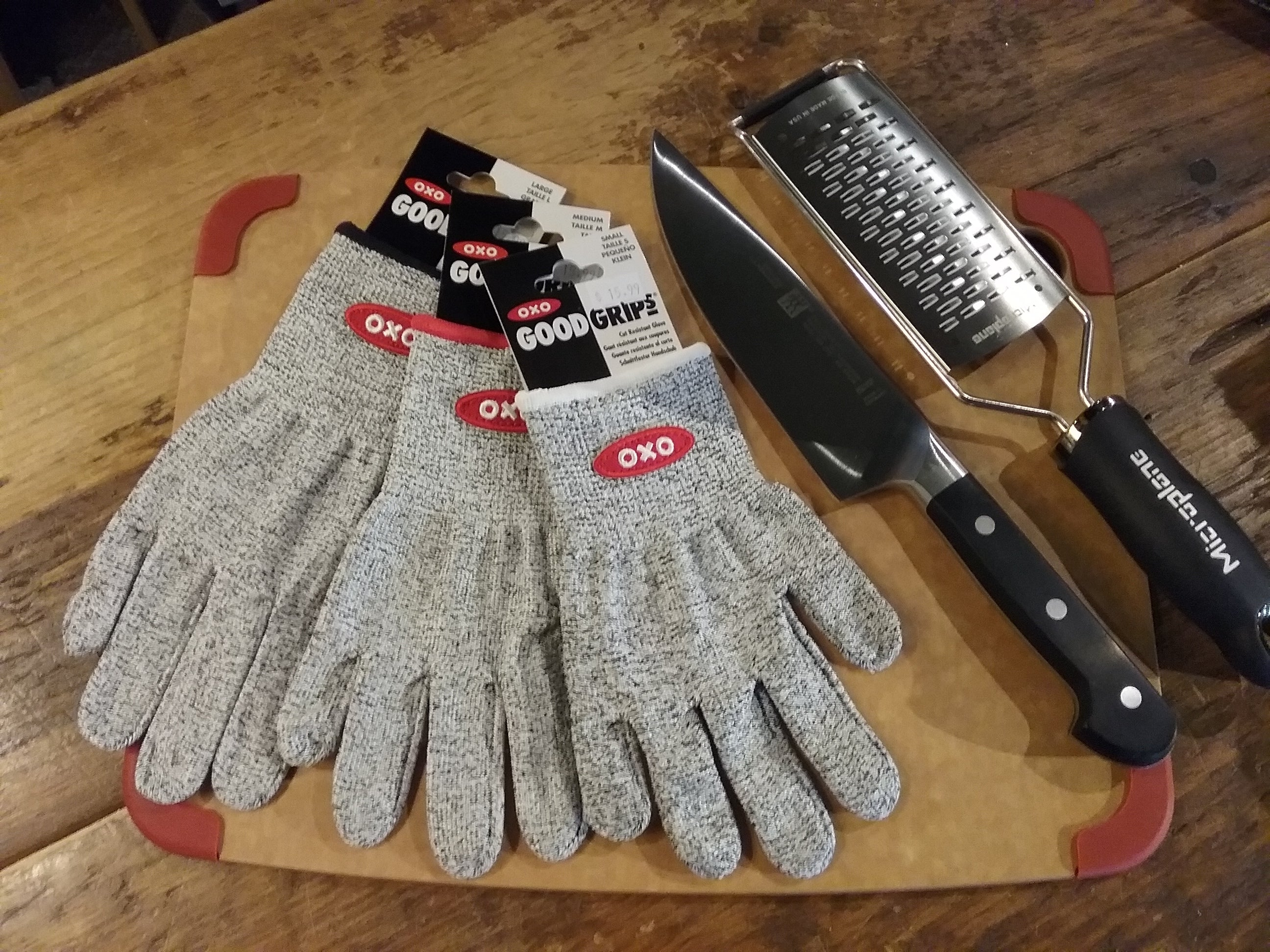 Cut Resist Gloves for Happy Hands