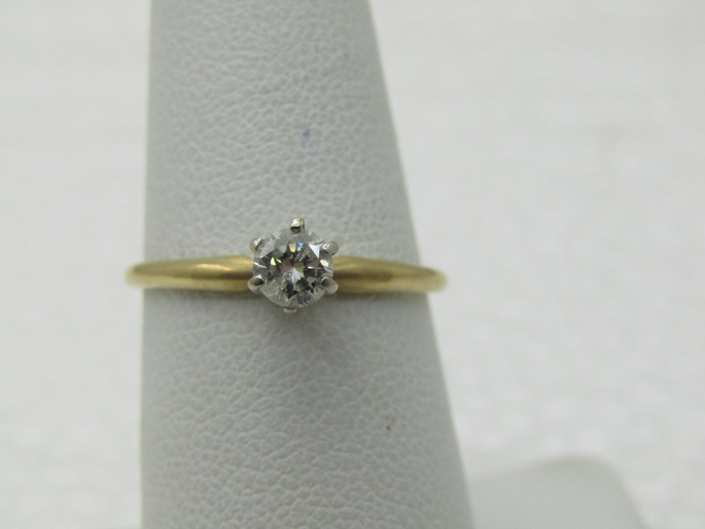 Vintage 14kt Diamond Engagement ring, 1/4 CT, Sz. 7, 1.56 Grams