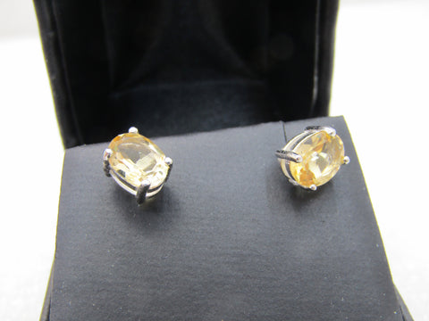 Sterling Silver Citrine Pierced Earrings.  2.5 ctw.  Platinum over Sterling