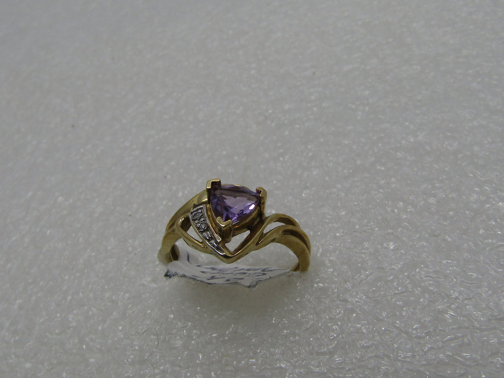 10kt Amethyst Diamond Ring, Trilliant Cut, .65 ctw, size 7, 9.70 gr. Open Bypass Band