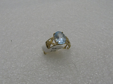 10kt Blue Topaz Wide Ring, 2 ctw., Sz. 6.75, 1.80 gr. Scrolled Cut-Out Band