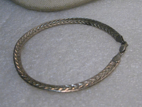 "Sterling Silver 5mm Herringbone Bracelet, 8"",  Unisex, 9.00gr, Sunrise maker's mark, signed Italy"