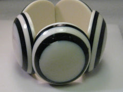 "Vintage Huge Black and White Plastic Stretchy Bracelet - Very Retro, 7"" - BOHO, 1950's theme"