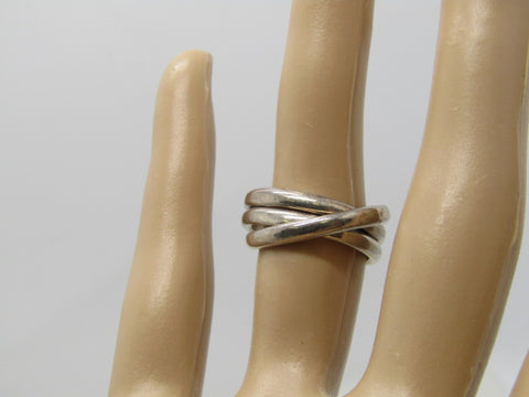 Vintage Sterling Taxco Trinity Ring, Interlocking, Size 5.75, 7.84 grams. 2.5mm, Mexico