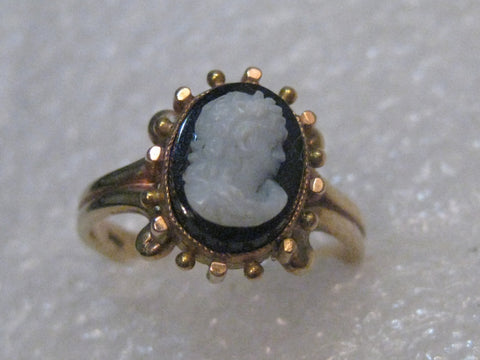 Vintage 14kt Gold Victorian Style Black Cameo Ring, sz. 6.25, 2.73 gr. Estate