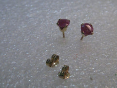 10kt Ruby Stud Earrings, Pierced, Solid Yellow Gold, .39 grams, 4mm stones