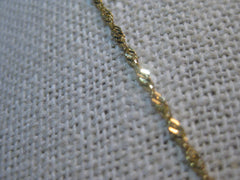 "14Kt Yellow Gold Chain, 7 Ring Slides, Tri-Color, 17.5"", signed NG, 2.71gr."