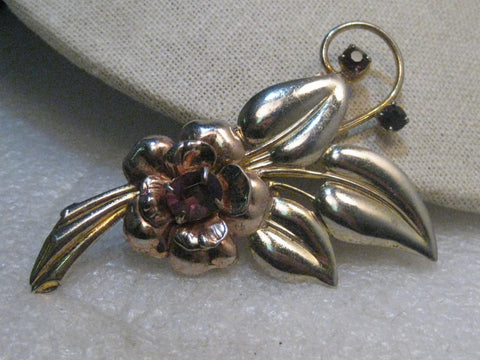 Vintage 1940's Floral Brooch, Amethyst Colored Stones, Art Deco, 16.85 gr.