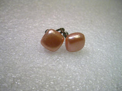 Vintage 1940's Peachy Rounded Square Screw Back Earrings, Silver tone
