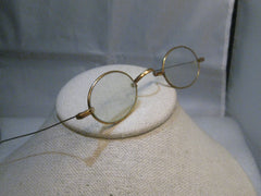 Vintage  Wire Rim Glasses, Oval, G.F., Ben Franklin style