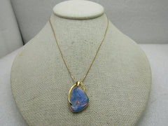 "18kt Opal Pendant, 14kt Chain, Necklace - Modern Design.  Serpentine, 15.5"", Large Opal"