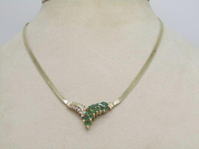 "14kt Emerald & Diamond V Necklace, Herringbone, 15"", 7.39 gr. Signed Vierj with Star"