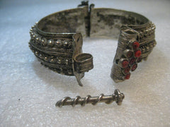 "Antique Bedouin/Yemen Silver Bracelet, Screw Toggle, Coral, 6.25"", 58.62 Grams, early 1900's, Habbiyat"