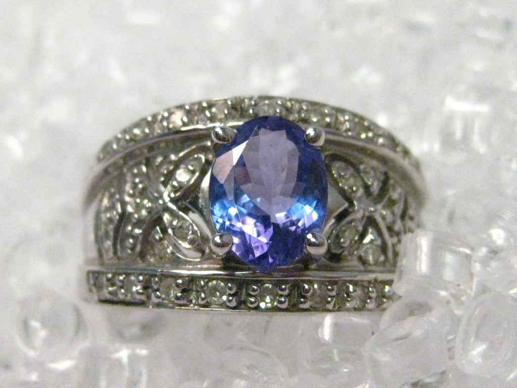 false dark bands a subsampling white fei and set feil liu gold upscale article rings gemstone with crop ring engagement blue pav tanzanite diamonds fashionable bold bridal the in tanzenite scale