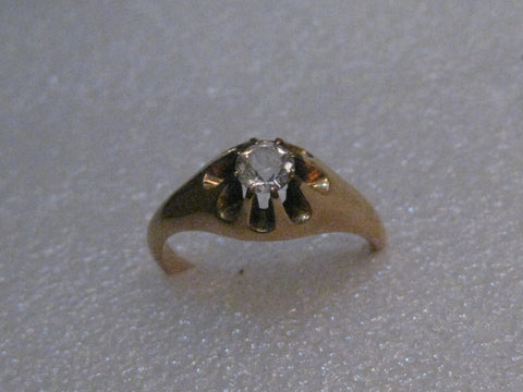 Victorian 10kt Engagement/Wedding Ring, size 7.5, 2.66 grams, 5mm Crystal/Quartz Stone