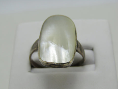 Vintage Sterling Silver MOP Ring, Size 8.75, 2.99gr, 1960's-1970's, signed CW