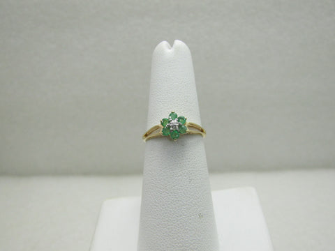 Vintage 10kt Emerald Diamond Blossom Ring, Sz. 6, 1.18 gr.
