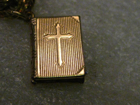 "Vintage 14kt Solid Gold Hinged Bible Charm or Pendant with Cross on Cover, Lord's Prayer. 2.25 gr. 2/3"" tall, signed MR"
