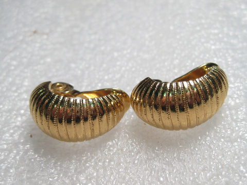 Vintage 1970's/80's Monet Half-Hoop Ridged Clip Earrings