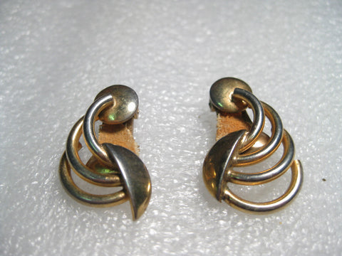 Vintage Art Deco Design Goldtone Clip Earrings, signed Alice