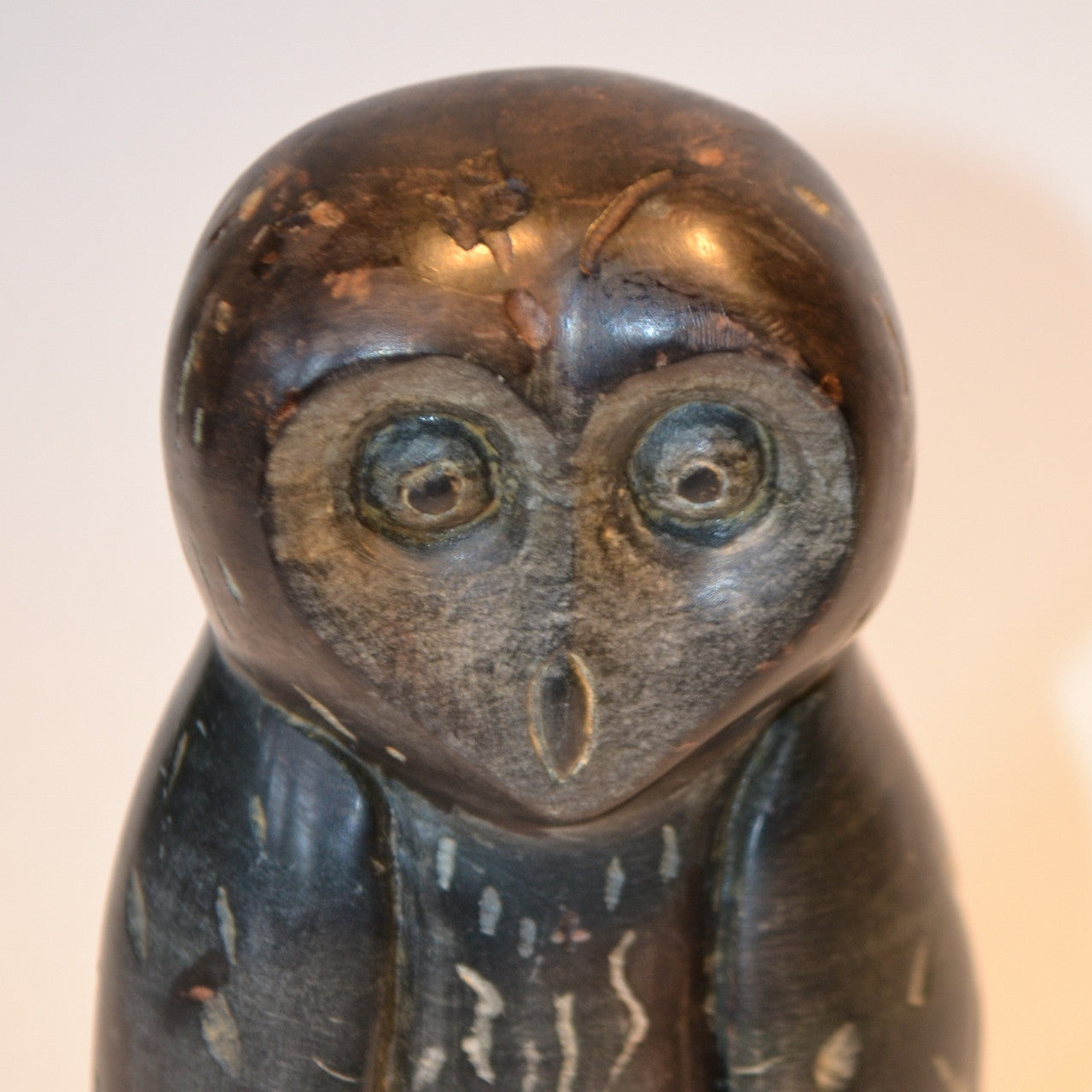 Owl inuit carving