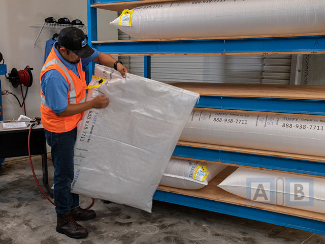 Storing dunnage airbags