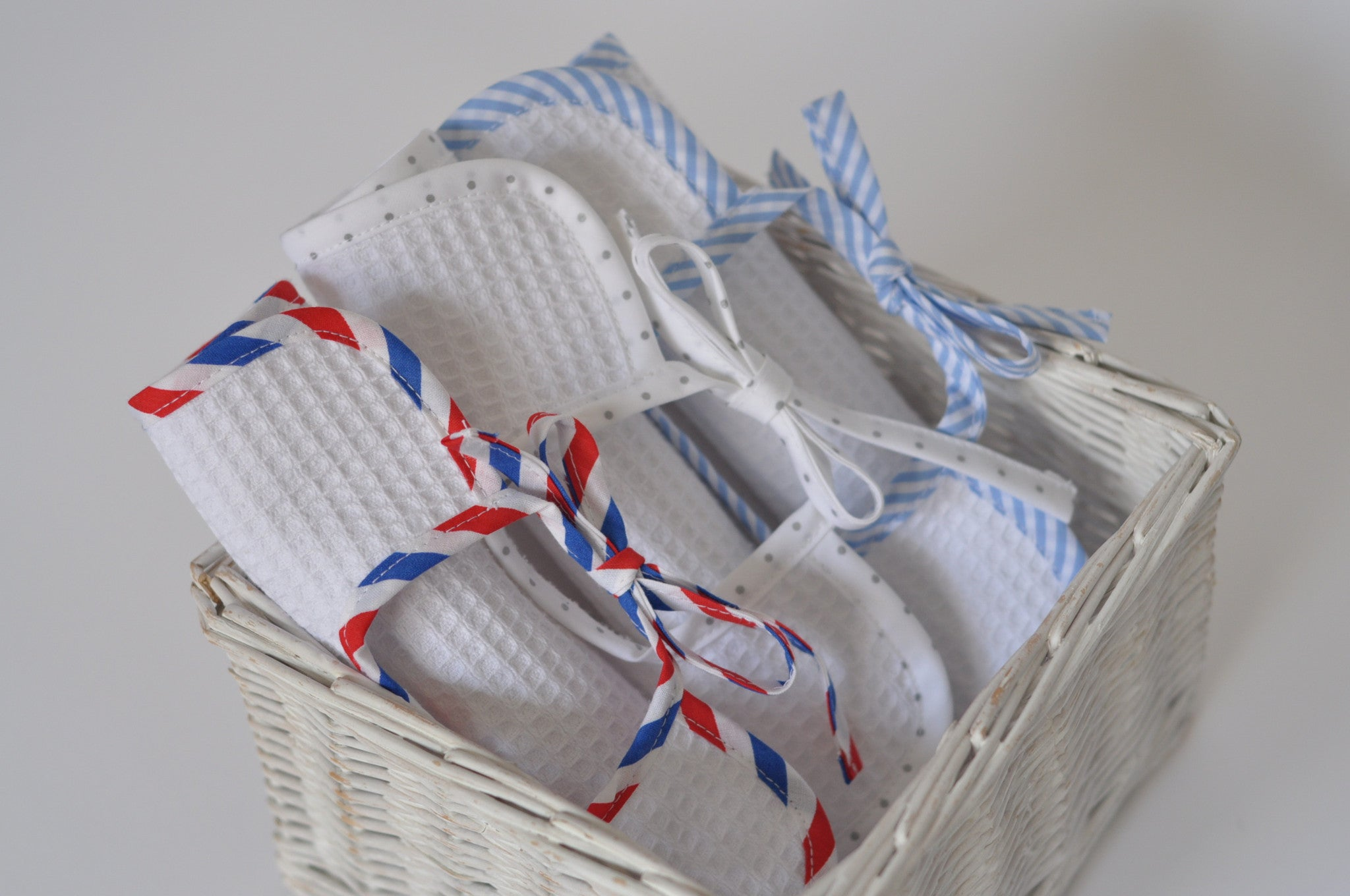 New: the airmail stripe!