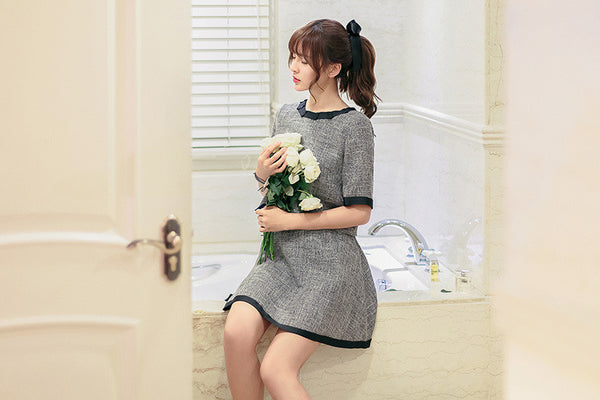 Korean fashion(&Japanese) - Gray Short-sleeved shirt + A word skirt suit - AddOneClothing