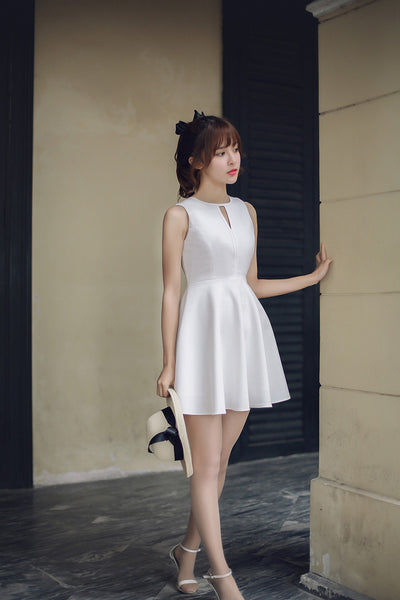 Korean fashion(&Japanese) - Hollow round neck A word dress - AddOneClothing