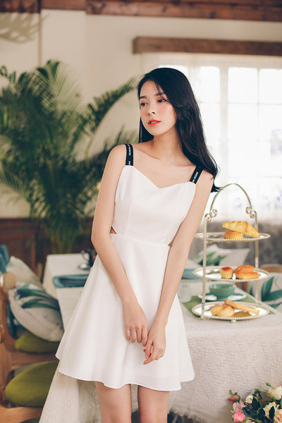 Korean fashion(&Japanese) Letter belt harness V collar A word dress