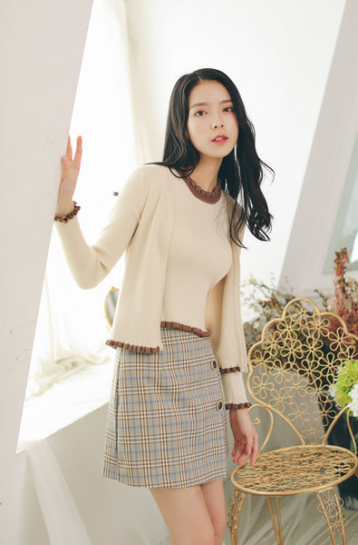 Asian Fashion - Round neck knit vest + nine-point sleeve knit top - AddOneClothing